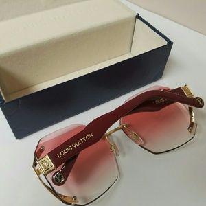 216b285b73df Louis Vuitton Accessories - Used Louis Vuitton Sunglasses